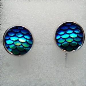 Jewelry - MERMAID SCALES EARRINGS